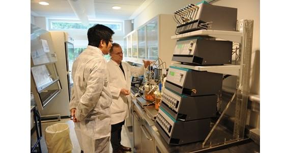 CellTank testing Bioneer 2011.JPG