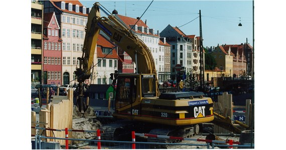 CAT320 with DPF in CPH.jpg